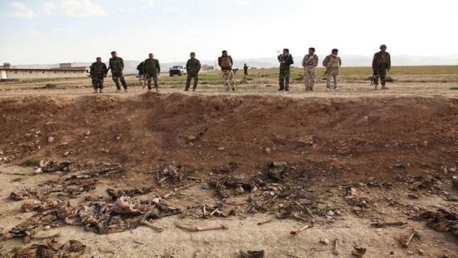 مقبرتين جماعتين في شنكال شمالي العراق