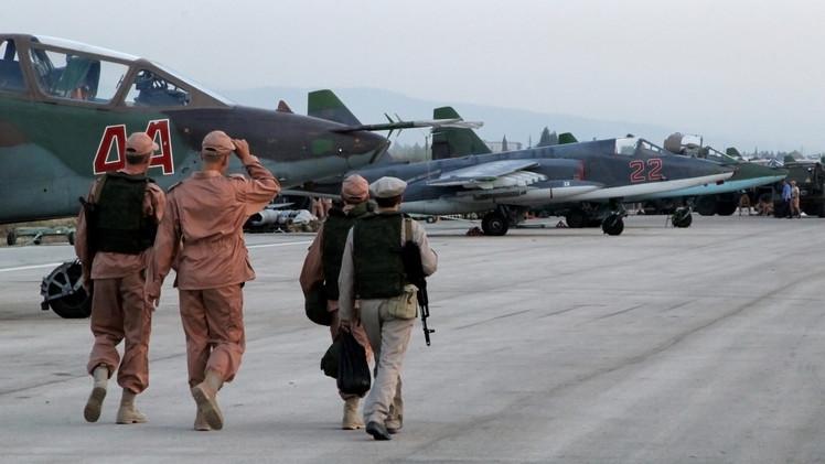 طائرات حربية روسية في مطار حميميم باللاذقية