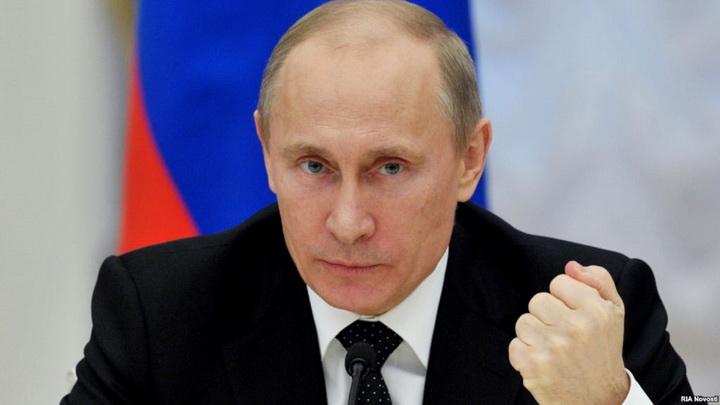 فلاديمير بوتين الرئيس الحالي لجمهورية روسيا الاتحادية