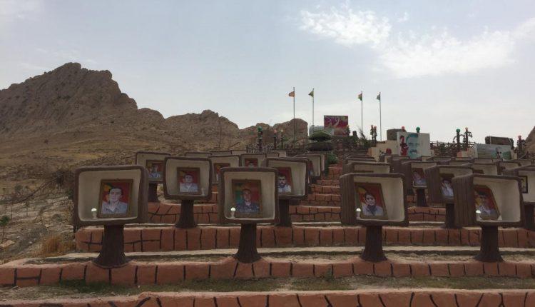 """توسيع  نصب تذكاري لقتلى """"وحدات الدفاع الشعبي""""/ """"وحدات مقاومة سنجار"""" في سنجار."""