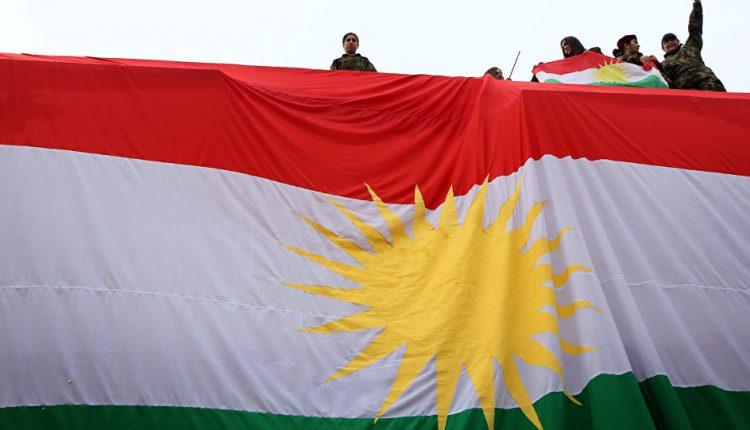رفع علم إقليم كردستان في كركوك