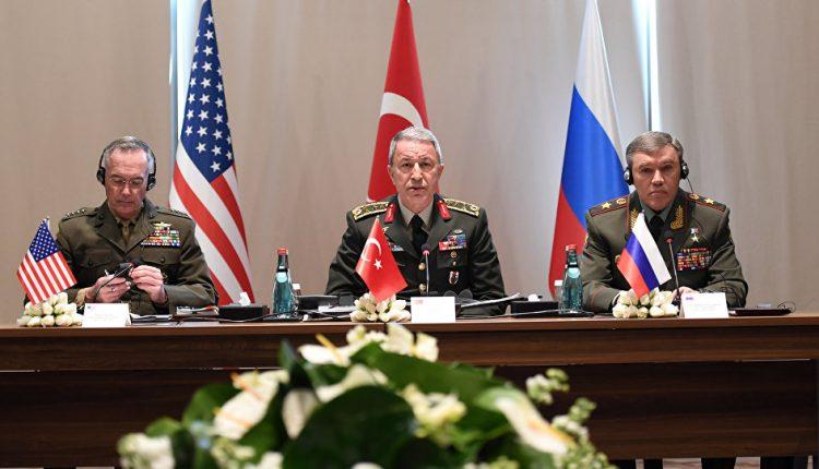 قادة هيئات الأركان الروسية، والتركية، والأمريكية