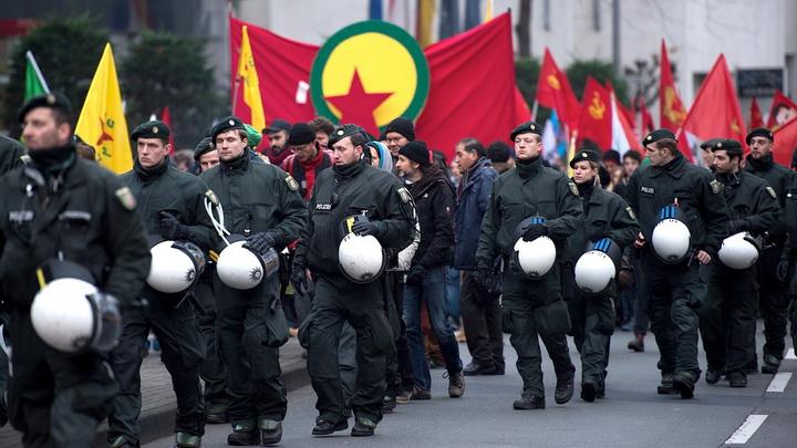 تظاهرة لأنصار حزب العمال الكردستاني في ألمانيا