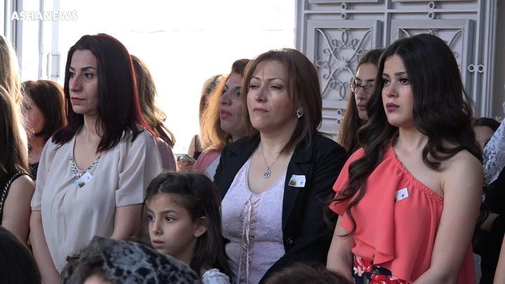 مسيحيون يحتفلون بعيد الفصح في مدينة القامشلي