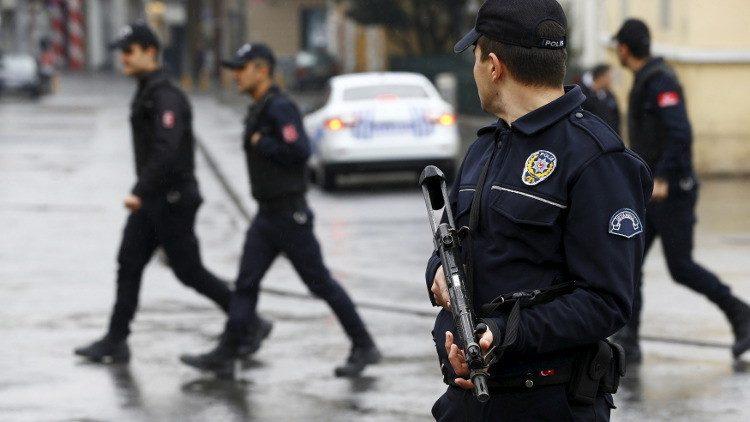 تركيا اعتقلت عشرات الآلاف بعد محاولة الانقلاب الفاشلة