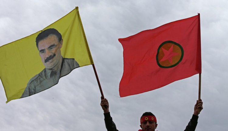 حزب العمال الكوردستاني أمام خيار الاستمرار في إخضاع مشروعه السوري لمعركته ضد تركيا، أو إعطاء الأولوية للحكم الذاتي الكوردي في سوري