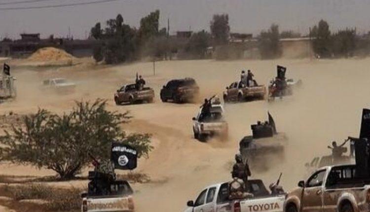 عناصر داعش قاموا بخطف العديد من المدنيين قبل مغادرتهم