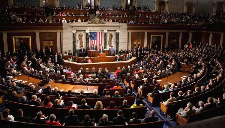 مجلس الشيوخ الأمريكي يقر تشريعا يفرض عقوبات جديدة على روسيا