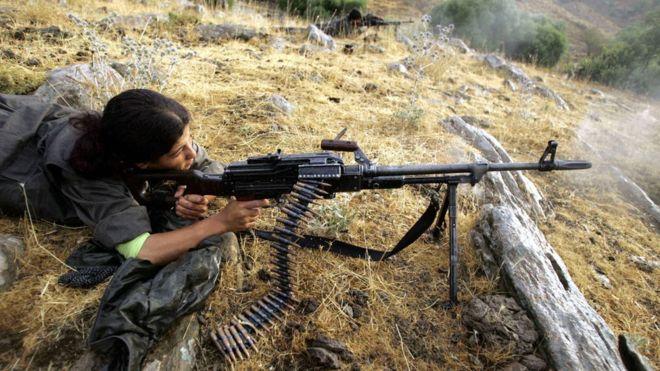 مقاتلة من PKK