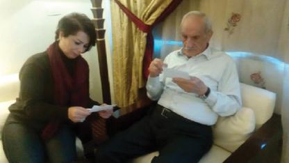 سكرتير الحزب الديمقراطي التقدمي، عبدالحميد درويش والمتحدثة الرسمية للجبهة السورية الديمقراطية ميس كريدي