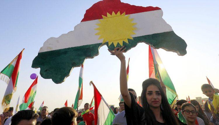 احتفالية لكرد سوريين بنجاح استفتاء اقليم كردستان