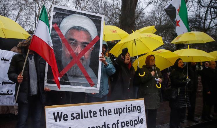 """الادارة الذاتية تدعو السلطات الايرانية الى الكف عن """"التصرفات الوحشية"""" ضد المتظاهرين"""