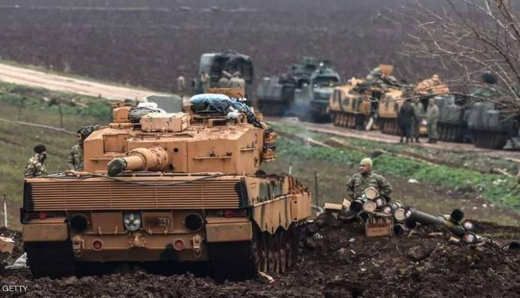 دبابات الجيش التركي على حدود عفرين