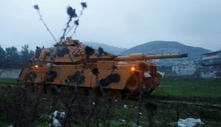 """وزير الدفاع التركي: عملية عفرين بسوريا بدأت """"فعليا"""""""