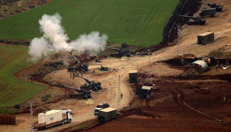 المدفعية التركية تقصف مواقع في جبل دارماك بعفرين
