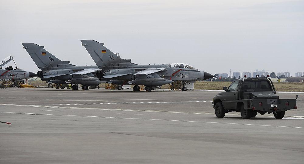 ألمانيا تهدد تركيا بسحب قواتها من قاعدة أنجرليك الجوية