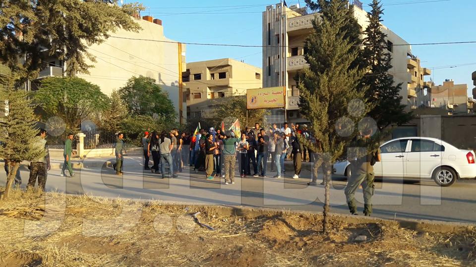 اعتصام للمجلس الوطني الكردي في قامشلو، والآسايش تمنع تدخل ‹الشبيبة الثورية›