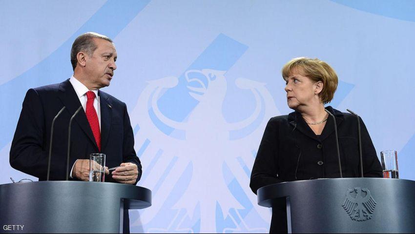 ميركل: لا يجب ان تصبح تركيا عضوا في الاتحاد الاوروبي