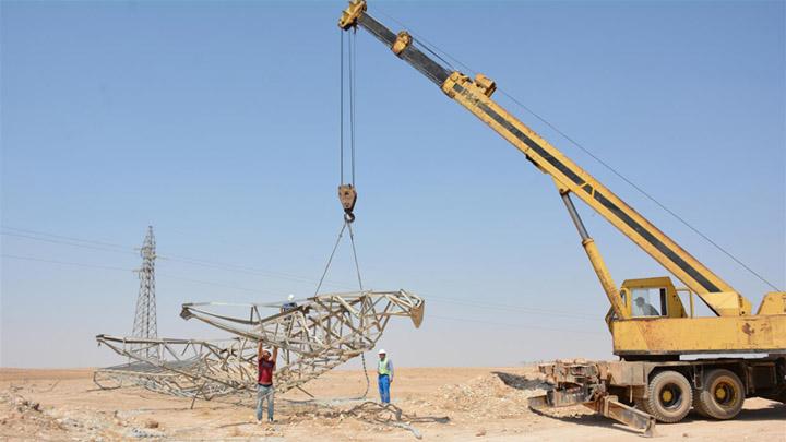 الاستمرار في صيانة وتأهيل شبكة الكهرباء بين مدينتي الحسكة والرقة
