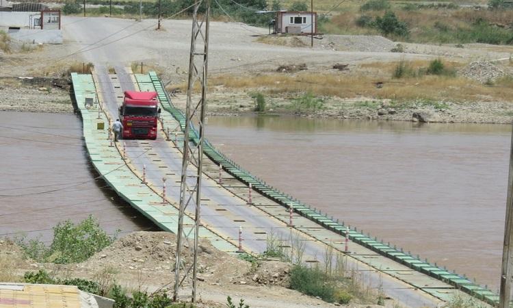 الإدارة الذاتية توقف عبور الحالات الإنسانية من معبر فيشخابور إلى كردستان