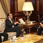 الرئيس الفرنسي لبارزاني: ندعم الحقوق الكردية