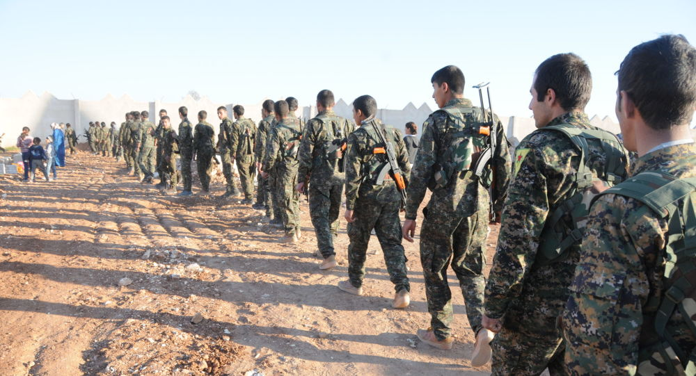 """الإدارة الذاتية تشكل جيش """"شمال سوريا"""" وتفتح الباب أمام عناصر بيشمركة """"روج""""  للانضمام"""