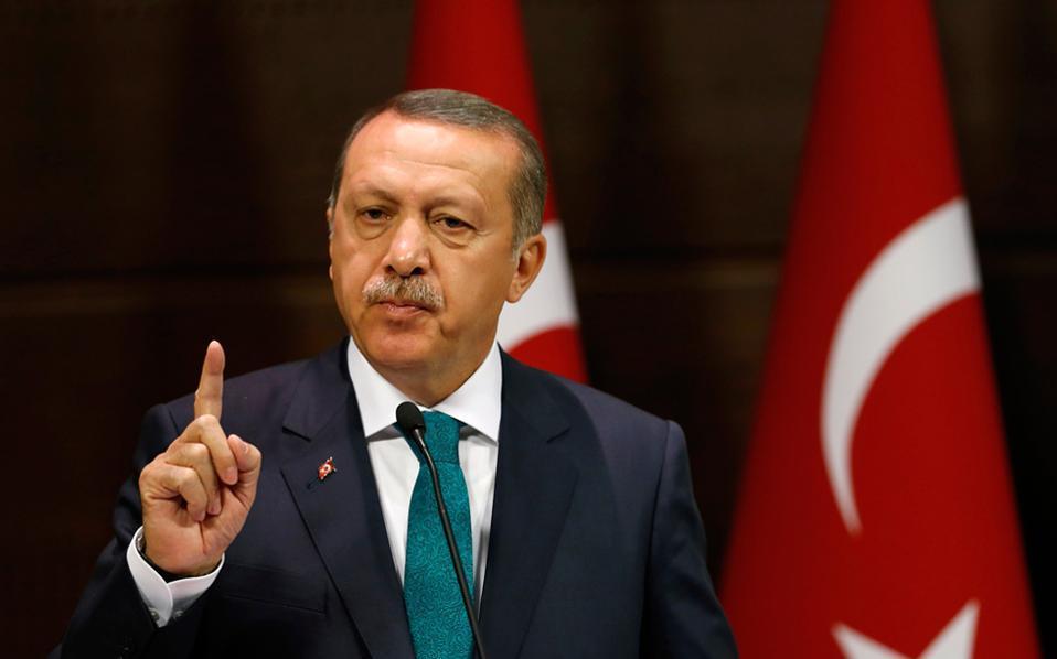 """أردوغان يحذر أمريكا من تمويل """"قسد"""""""