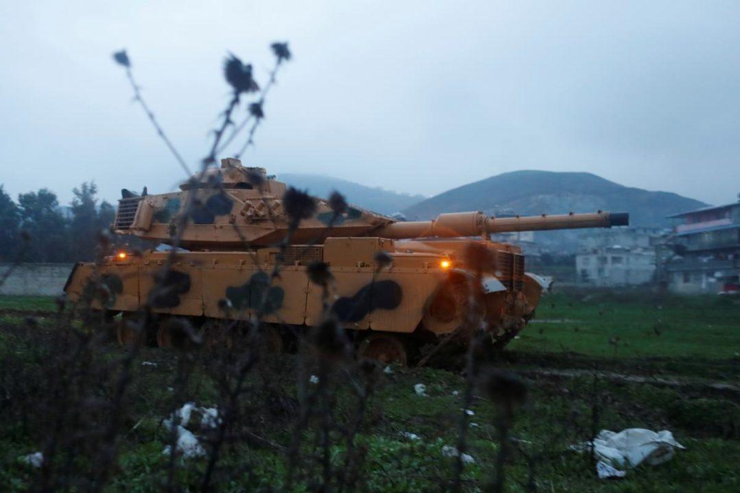 وزير الدفاع التركي يعلن بدء عملية عفرين
