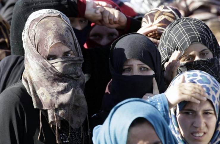 سوريا… صور عارية مقابل الحصول على المعونات